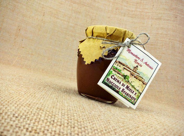 Crema Miele e Nocciole Benedettine di Norcia